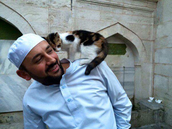Imam mesjid , Mustafa Efe