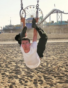 Worlds-Most-Flexible-Man-Daniel-Browning-Smith3