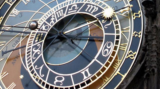 Ramalan zodiak itu benar atau cuma omong kosong belaka?