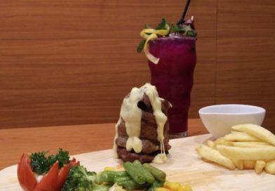 Nikmatnya Agbelin Salad dan Tendeloin Steak Volcano Di Bistro Dengan Nuasa Kota London