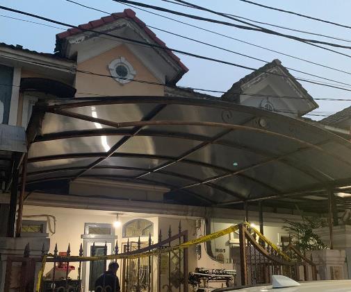 Rumah Mewah Diduga Pabrik Sabu Digrebek Polisi, 1 Tersangka Ditangkap