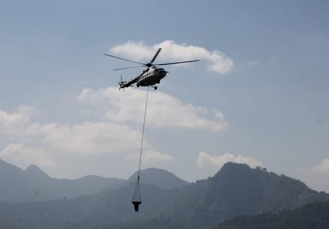 BNPB Kerahkan Helikopter untuk Padamkan Kebakaran Hutan Gunung Arjuno