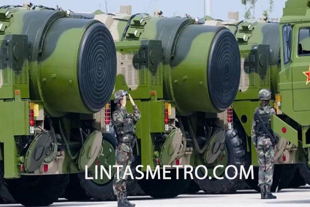 CHINA PAMERKAN RUDAL DF-41 PENJANGKAU AS