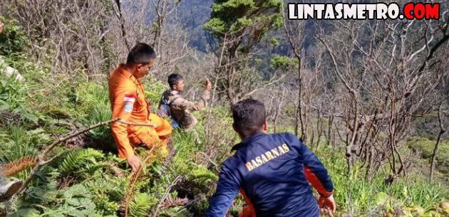 Pencarian 2 Pendaki Hilang di Gunung Dempo Jambi Terkendala Badai