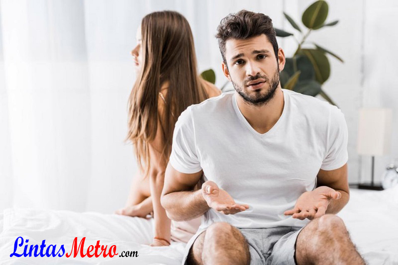 Akibat Bila Berhenti Berhubungan Intim dengan Pasangan
