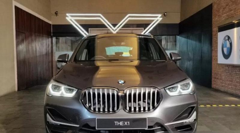 BMW Exhibition Di Plaza Senayan Indonesia