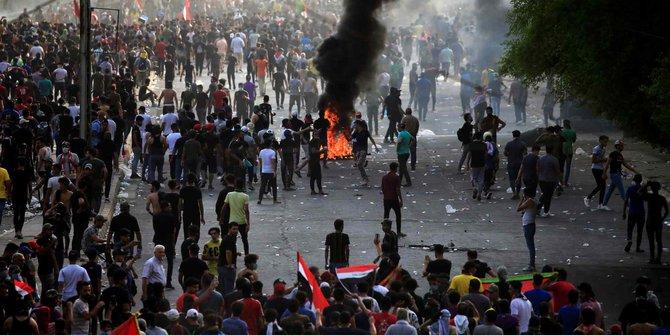 Demonstran Irak 8 Tewas dan 90 Orang Luka-luka dalam Sehari