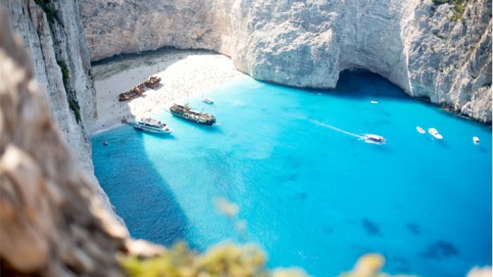 5 Tempat Paling Memesona di Dunia - Gua Biru - Pulau Zakynthos (Yunani)