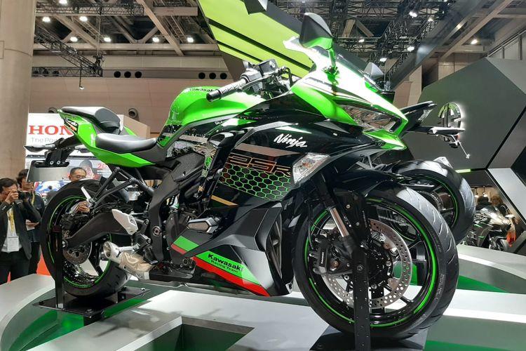 Kawasaki Ninja 250 4-Silinder Meluncur diIndonesia