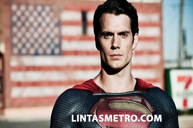 HANRY CAVILL TEGASKAN DIRINYA MASIH SUPERMAN DI DCEU