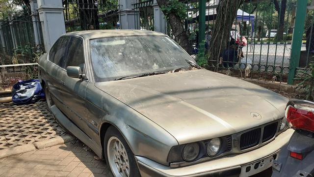 Mobil 4 Tahun Teronggok di Monas