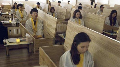 Kurangi Angka Bunuh Diri, Negara Ini Beri Simulasi Kematian untuk Warganya
