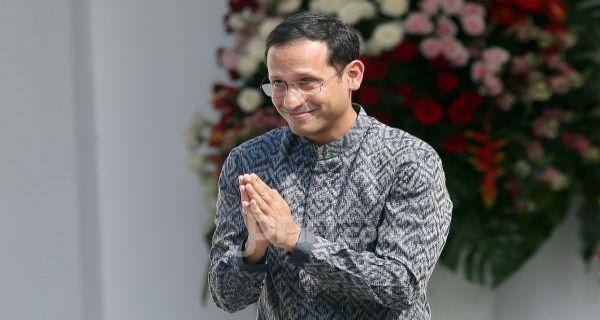 Nadiem Makarim Harus Tahu, Gaji Guru Honorer di Bawah Penghasilan Driver GoJek.