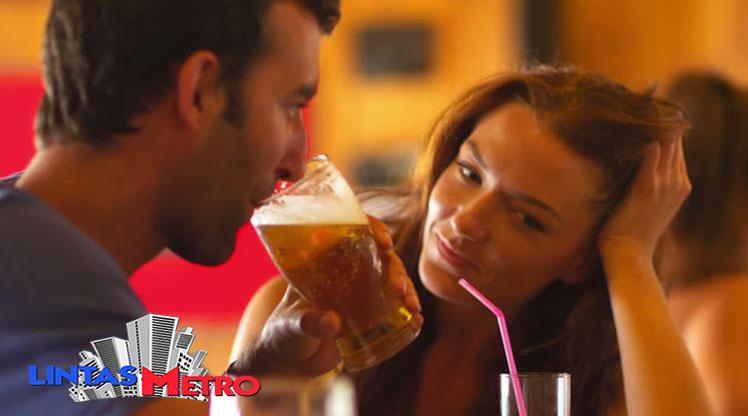 Bir Ini Baik Diminum Sebelum Bercinta, Benar Bisa Bikin Gairah Naik?
