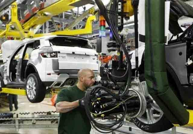 Akhirnya Jaguar Land Rover Hentikan Produksi Karena Covid 19 OTOMOTIF
