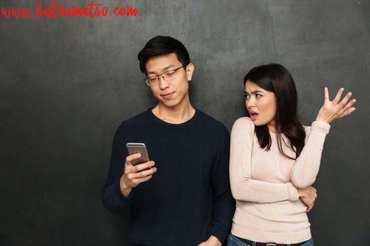 http://www.bursametronews.com/5-zodiak-yang-paling-cuek-dan-cuma-peduli-diri-sendiri/