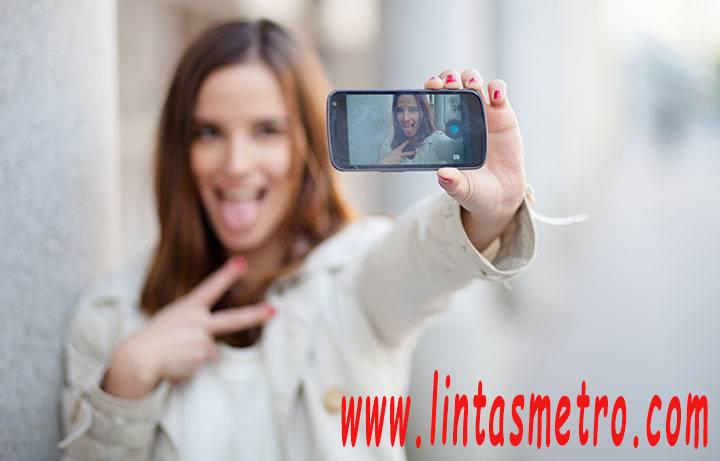 Pose Selfie Ternyata Bisa Ungkap Kepribadian Seseorang