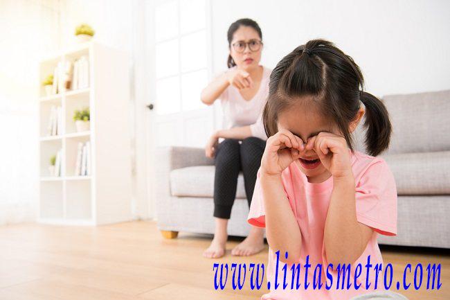 Ciri Toxic Parents Yang Harus Dihindari