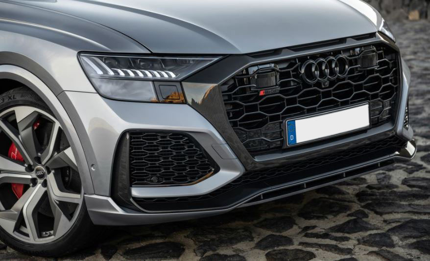 Audi RS Q8 Seperti Lamborghini Urus