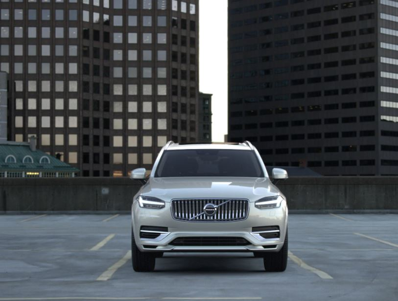 Volvo V90 SUV Cross Country T-6