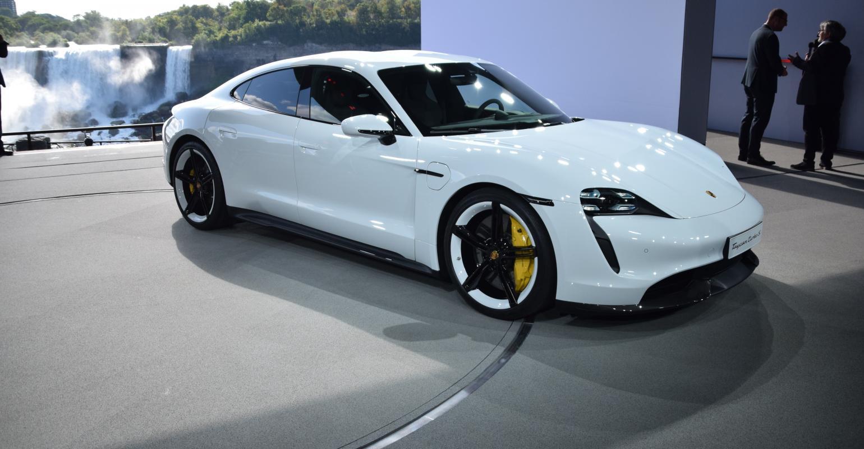 Porsche Taycan Siap Dijual DiIndonesia