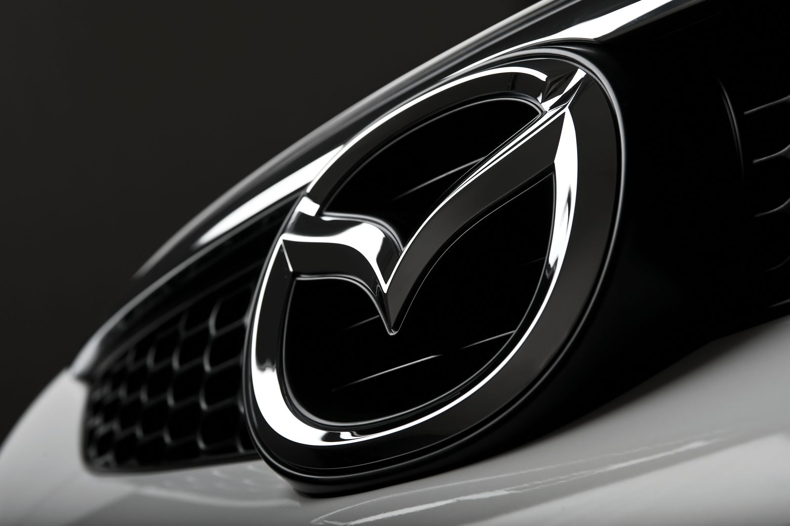 Peluncuran Mobil Baru Mazda Secara Virtual