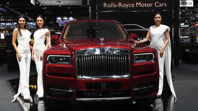 Ulasan Terbaru Mobil Rolls Royce Cullinan
