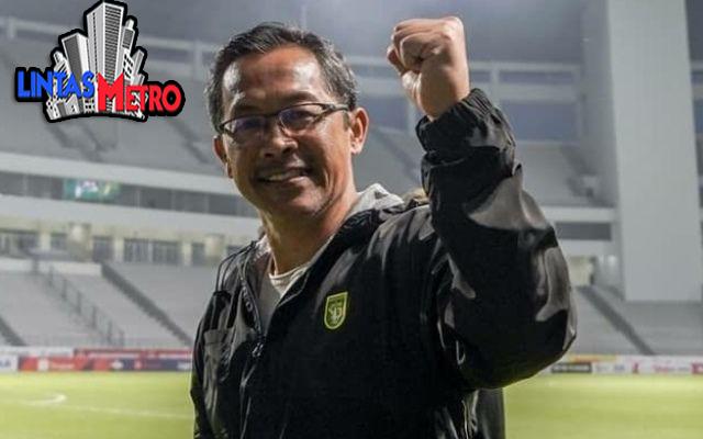 Pelatih Persebaya New Normal Tidak Cocok untuk Sepak Bola