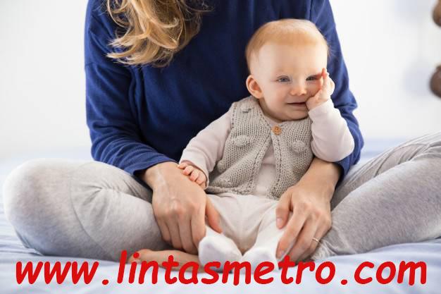 Hentikan Kebiasaan Mengisap Jempol Pada Bayi