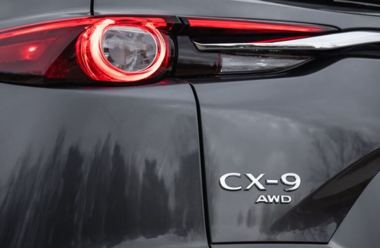 SUV Mazda CX-9 Fun To Drive